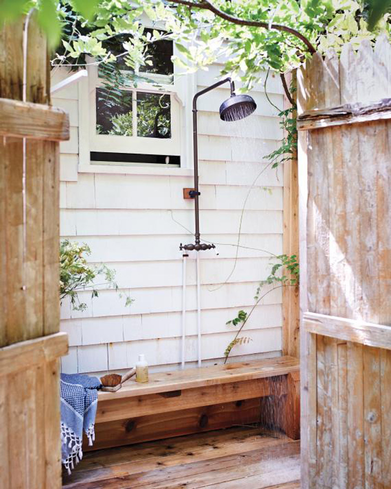 outdoor showers natalie bowen design. Black Bedroom Furniture Sets. Home Design Ideas